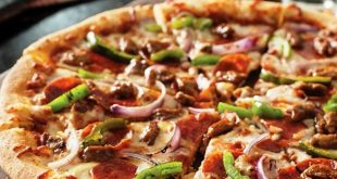 بيتزا غريبه وجديده ولذيذه واذا سويتوها حتخلص بسرعه من طعامته
