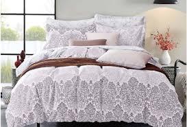 مفارش السرير الجديدة