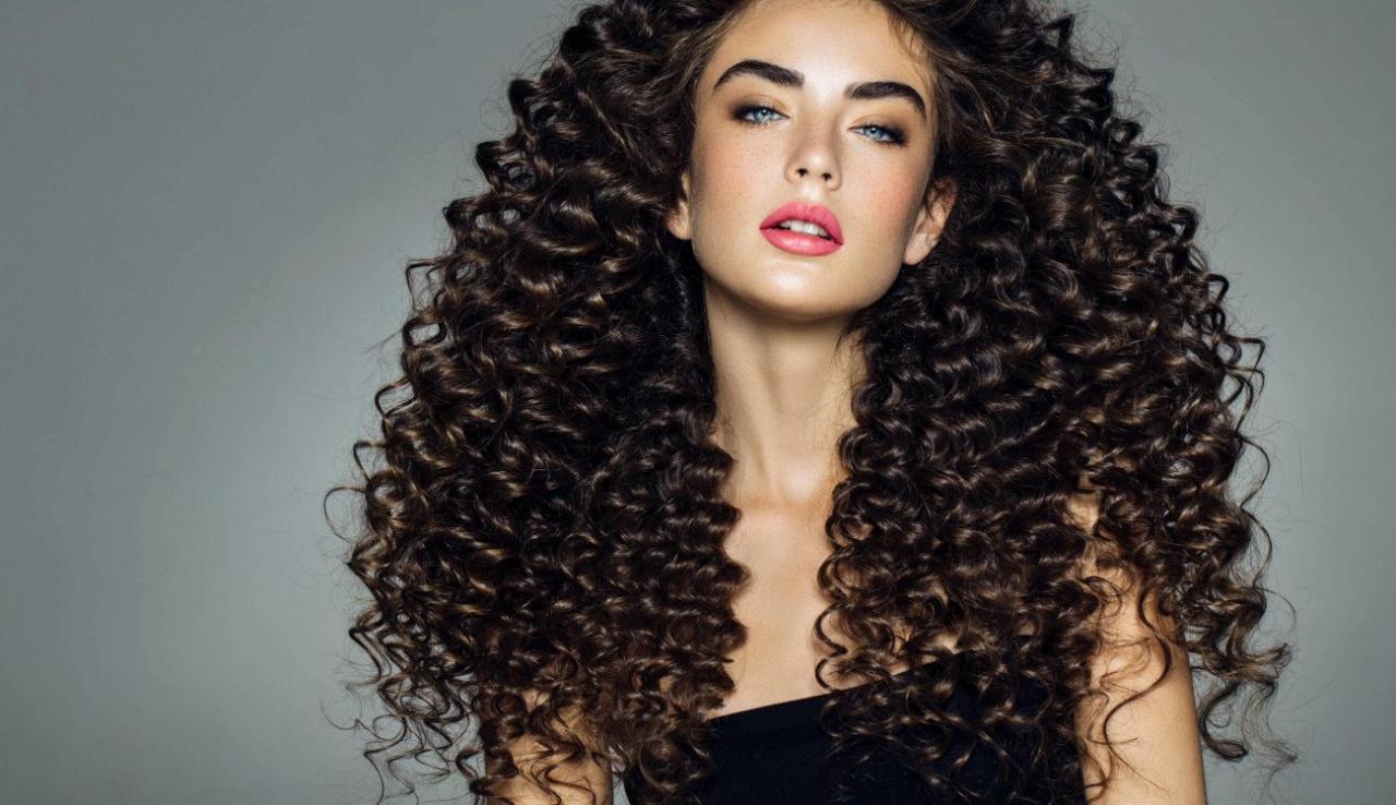 لصاحبات الشعر الكيرلي.. 5 نصائح لتجاعيد شعر اوضح ...