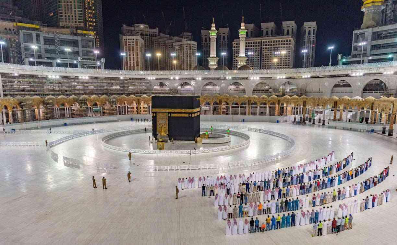 40 من الطاقة الاستيعابية.. <p></p><br>السعودية تعد خطة لفتح العمره و الطواف  عالم  واحد  العرب  البيان